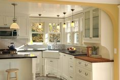 One of the types of sink preferred nowadays by most homeowners is a kitchen corner sink. There are several benefits when it comes to using a kitchen corner sink. Corner Sink Kitchen, Kitchen Sink Design, Farmhouse Sink Kitchen, New Kitchen, Kitchen Cabinets, White Cabinets, Farm Sink, Kitchen Sinks, Kitchen Island