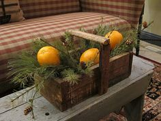 oranges and greens . . . love the tiny pine ones on the pines . . .