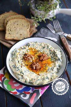 Süzme Yoğurtlu Havuçlu Ispanak Salatası - Tarifin püf noktaları, binlerce yemek tarifi ve daha fazlası...