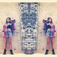 ladyloko how do you wear your #Flannel #21DaysOfLA #Day6