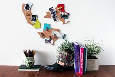 Show Hometown Pride with DIY State-Shaped Memo Boards Is anyone else feeling guilty about your hoarding-like tendencies with all the talk of. Memo Boards, Diy Memo Board, Diy Cork Board, Cork Boards, Bulletin Boards, Pin Boards, Crafts To Do, Kids Crafts, Diy Gifts