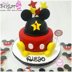 P384 mickey mouse cake @pinksugar_pasteleriacreativa whatsapp 3005930688 #pinksugar #cupcakes  #barranquilla #pasteleria #reposteriacreativa #tortas #fondant #reposteriabarranquilla #happybirthday  #vainilla  #cake #baking  #galletas #cookies  #buttercream #vainilla  #oreo  #cupcakesbarranquilla #brownie #brownies #chocolate #tortasbarranquilla #toppersbarranquilla #browniespersonalizados #tortaparis #topperscupcakes #browniesbarranquilla #chocodream #rosecake #mickeymousecake