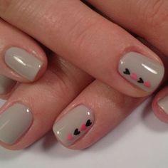 Manicure – Great Make Up Ideas Cute Pink Nails, Cute Acrylic Nails, Love Nails, White Nails, Gel Nails, Heart Nail Designs, Simple Nail Art Designs, Stylish Nails, Trendy Nails
