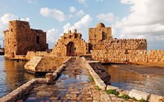 """Sidon, Lebanon When did the earliest inhabitants settle? 4,000 BC Around 25 miles south of Beirut lies Sidon, one of the most important - and perhaps the oldest - Phoenician cities. It was the base from which the Phoenician's great Mediterranean empire grew. Both Jesus and St Paul are said to have visited Sidon, as did Alexander the Great, who captured the city in 333 BC. Charles Méryon (French artist): """"Few persons new to the climate escape a rash of some description."""""""