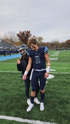 50 Sweet Relationship Goal Photographs You Will Love - Page 27 of 50 - ❁ cutest couples ❁ - Football Relationship Goals, Goals Football, Couple Goals Relationships, Relationship Goals Pictures, Relationship Rules, Relationship Captions, Relationship Drawings, College Football, Football Players