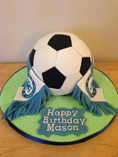 Chelsea football cake You are in the right place about pull apart Football Cake Here we offer you the most beautiful pictures about the chels Chelsea Football Cake, Football Cakes For Boys, Chelsea Soccer, Soccer Birthday Cakes, Football Birthday, Soccer Cakes, Soccer Party, 50th Cake, Ricotta Cake