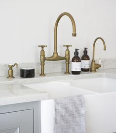 Scullery run with aged brass Perrin & Rowe taps. A soap dispenser, Ionian deck mounted tap and Parthian hot water tap installed in a beautiful Longford kitchen. kitchen accessories HM Antique Brass Taps - By Perrin & Rowe Brass Kitchen Hardware, Kitchen Remodel, Kitchen Inspirations, Brass Kitchen Faucet, Plum And Ashby, Brass Kitchen Tap, Kitchen And Bath, Brass Tap, Brass Bathroom