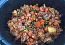 Kipdijfilet in de slowcooker met groenten en sojasaus Vegan Junk Food, Vegan Sushi, Vegan Baby, Vegan Pancakes, Vegan Smoothies, Vegan Kitchen, Asian Cooking, Vegan Sweets, Kung Pao Chicken
