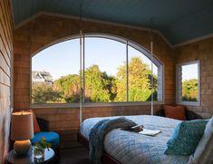 Luminous oceanfront home in Rhode Island boasts energy-efficient design