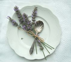 Lavender Table Setting by Rebecca Newport, via Flickr