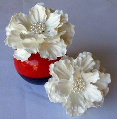 Custom Sugar Anniversay White Peony Flower Cake Topper Arrangement by SweetIdeaFlowers on Etsy
