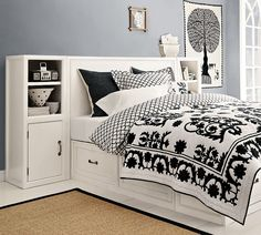 black & white bedroom... i like the bedding...