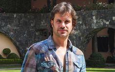 http://www.peopleenespanol.com/article/mark-tacher-celebra-10-anos-de-la-novela-la-hija-del-mariachi-video