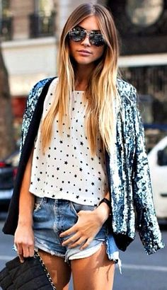 #style #fashion #streetstyle #trends #blogger #caratstyle