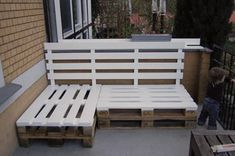 Welcome to the world of pallets this is the most amazing recycling wood material peoples are crazy about pallet ideas and projects they participate to do work on wooden pallets furniture items.