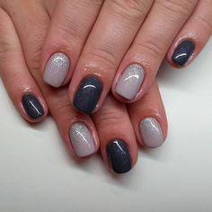 #notpolish #nails #nailart #naildesign #nails2015 #crystalnails #nailstagram #crystals #instanails #instagood #nagel #naildecor #instadaily #mik #ikozosseg #nailoftheday #nails2inspire #köröm #műköröm #handpainted #gellak #körömdíszítés #likeforlike #nailartaddict #spring2016 #2016 #squareshape #grey #glitter #silver