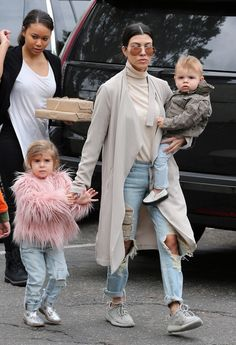 January 9th, 2016 - Kourtney, Penelope and Reign out in LA