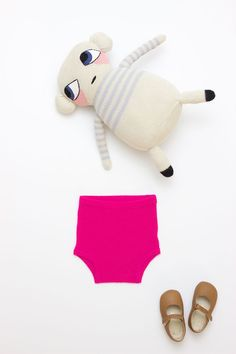 Cashmere Brief and alpaca friend, what better gift could exist?  #estella #kids #gifts