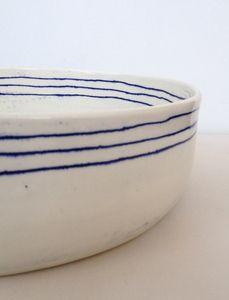big three line bowl / white / blue / lines / ceramic
