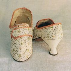 French 1600's shoes
