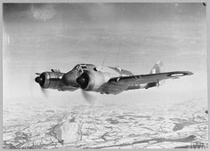 Original wartime caption: A Beaufighter in the air. Bristol Beaufighter, Ww2 Planes, Ww2 Aircraft, Picture Show, Wwii, Fighter Jets, The Originals, Pilots, Museums