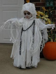 Ghost Costumes for Toddlers Homemade Toddler Costumes, Best Toddler Halloween Costumes, Ghost Halloween Costume, Ghost Costumes, Homemade Halloween Costumes, Halloween Kids, Rain Costume, Halloween 2016, Halloween Makeup