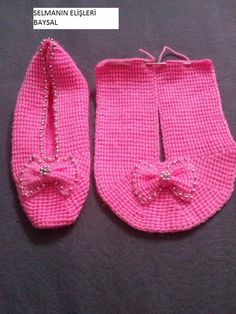 A different way to assemble knitted / crocheted slippers. Much the same way a shoemaker would when cutting leather pieces for shoes. Sides worked straight, toe worked with short rows, sole added at the last