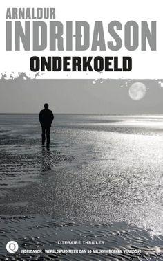 In Þingvellir, dat in een ver verleden een pleisterplaats van vikingen was, wordt een vrouw dood aangetroffen in haar zomerhuis. Alles wijst erop dat ze zelf een einde aan haar leven heeft gemaakt. Als inspecteur Erlendur een opname in handen krijgt van een geheimzinnige séance waarbij deze vrouw kort voor haar overlijden aanwezig was, besluit hij uit te zoeken waarom ze zelfmoord pleegde. Onderkoeld is een rasechte Indridason met Erlendur in de hoofdrol. De inspecteur wordt tijdens zijn…