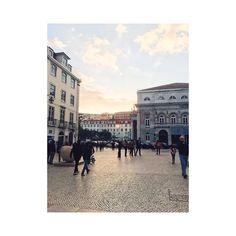 #flashback #lovely #adventure #explore #city #citytrip #cityview #portugal  #portland  #ilovethatcity #ilovethatcity #Trip #travel #ontheroad #ilovemyjob #whereisthesunincologen #citybreak #coo #holiday #holidays #VSCO #vscocam  #pasteldenatas #vscocam #vscogood #voscodaily #sun #happy #lucky