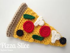 Free Crochet Toy Pattern: Pizza Slice & Toppings