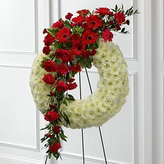 18 Funeral Wreath Ideas Funeral Funeral Flower Arrangements Funeral Flowers