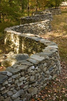 Andy Goldsworthy, Storm King by gsz Stone Retaining Wall, Stone Fence, Retaining Walls, Dry Stone, Brick And Stone, Land Art, Rock Wall Landscape, Stacked Stone Walls, Outdoor Stone
