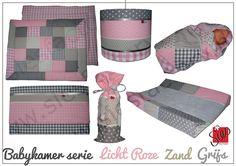 Complete babykamer aankleding licht roze, zand en grijs