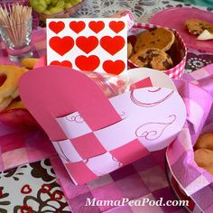 Mama Pea Pod: {Pink and Red Heart Party: Invitations and Favor Bags}