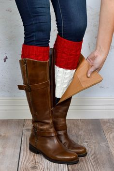 Reversible! 2-in-1 boot cuffs designed to stay in place on both smaller and wider calves. These boot cuffs are cute, cozy, + versatile and pair well with almost any look. {Shop all the Reversible Knit