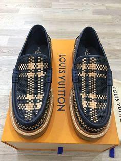 7af28097ad3 Genuine Rare Louis Vuitton Woven Men Loafer Moccasin UK9 EU43 US10