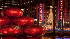 10 Reasons to Love Christmas in New York!