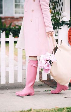 Pink on Pink, Pink Coat, Pink Boots, Pink Tote, via: HallieDaily – Hallie Daily Couleur Rose Pastel, Pastel Pink, Blush Pink, Miuccia Prada, Pink Love, Pretty In Pink, Perfect Pink, Pink Rain Boots, Pink Hunter Boots