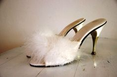 Vintage 1950s White Boudoir Feathers Slippers.  I've always wanted a pair of these!