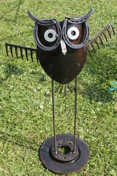 Big Hoot by Two Hoots! Indiana upcyclers use Goodwill finds to create fun sculptures, bracelets, and more!