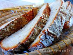 Přídavek vařených brambor v těstě chleba nejen zvláčňuje, ale udrží ho i déle měkkým. Chleba je jinak obyčejný, jen z chlebové mouky, ve střídě semtam s maličkým očkem vařeného bramboru... Suroviny: 30 g pravidelně krmeného žitného kvásku 150 g vody 150 g žitné chlebové mouky - dobře promícháme a zakryté necháme v teple místnosti kvasit…