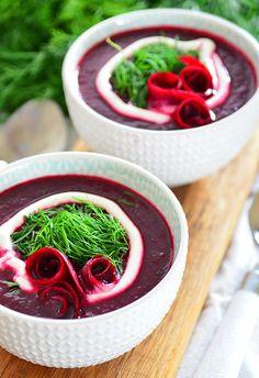 Kremowa FIT zupa z botwinki