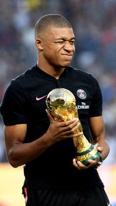 Football News, Results & Transfers Best Football Players, Football Love, Football Is Life, Football Memes, Soccer Players, As Monaco, France Fifa, Mbappe Psg, 2022 Fifa World Cup
