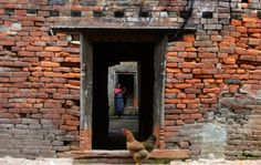 生理中で隔離された少女、小屋の中で窒息死 ネパール