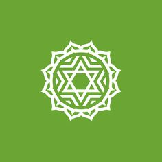Medita hoy junto a nosotros para activar y desbloquear el chakra del corazón o Anahata.  Escucha la meditación guiada de nuestro amigo Maestro de Luz en: http://reikinuevo.com/meditacion-activar-desbloquear-chakra-corazon/