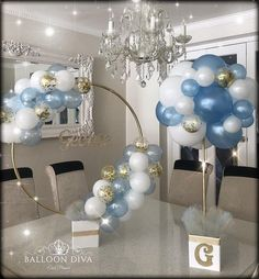 The time has come to design, decorate and be creative learning a lot of ideas to make the most beautiful and original Balloon Centerpieces through a guide Baby Shower Balloons, Baby Shower Parties, Baby Shower Themes, Baby Boy Shower, Baby Shower Decorations, Birthday Decorations, Wedding Decorations, Topiary Centerpieces, Balloon Centerpieces Wedding