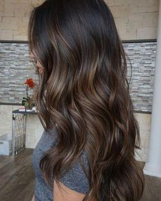 Long Wavy Ash-Brown Balayage - 20 Light Brown Hair Color Ideas for Your New Look - The Trending Hairstyle Brown Hair Balayage, Brown Ombre Hair, Hair Color Balayage, Medium Brown Hair Color, Long Brown Hair, Dark Brown Hair With Highlights And Lowlights, Brunette Hair Colors, Hair Colour Ideas For Brunettes, Babylights Brunette