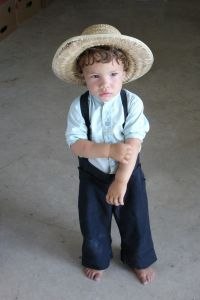 The Importance Of Amish Clothing To The Survival Of The Amish Culture