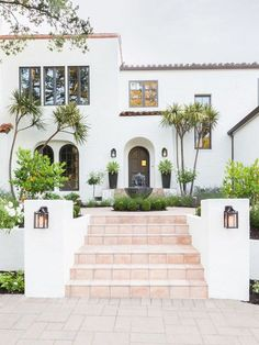 A Spanish Revival Home's Neglected Exterior Gets a Modern Makeover - Architectural Digest Spanish Revival Home, Spanish Colonial Homes, Colonial Style Homes, Spanish Style Homes, Spanish House, Spanish Exterior, Mediterranean Homes Exterior, Mediterranean Home Decor, Modern Exterior