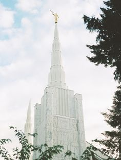 Lds Temple Pictures, Iphone Background Wallpaper, Lds Temples, Latter Day Saints, Portland, Jesus Christ, San Diego, Bedroom Decor, Lord